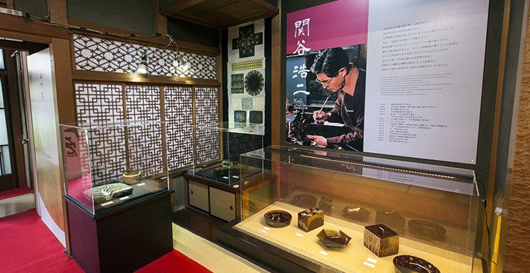 美術蔵:会津作家の漆芸作品の展示
